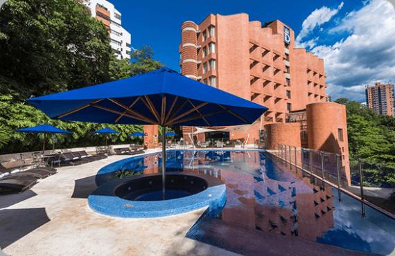 Hotel Dann Carlton_586x380_V2