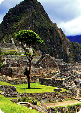 Discover South America locations with Maduro Travel.
